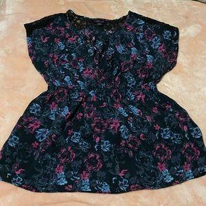 Torrid Black Floral V-Neck Sleeveless Top Sz 2X